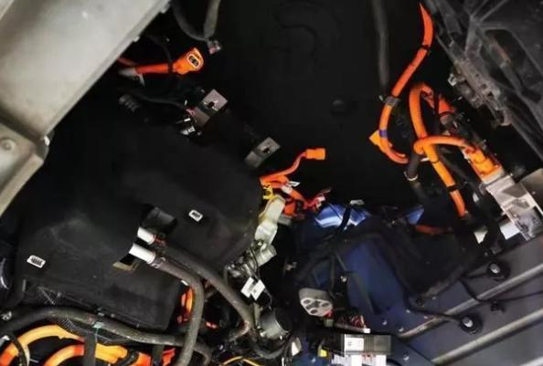 解读蔚来ES8整车高压线束安全设计概要