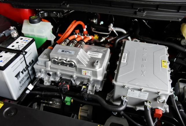 线束工程师谈谈小鹏G3拆车图解的技术分析