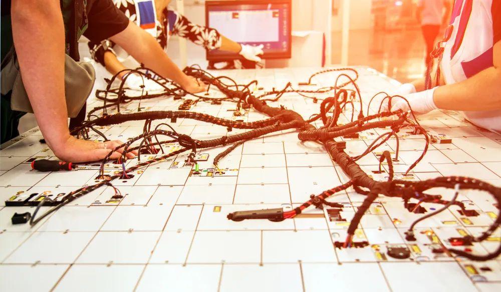 汽车线束检测系统的设计与实现探讨